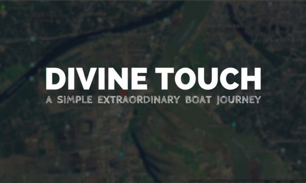 Divine Touch –  A simple extraordinary boat journey