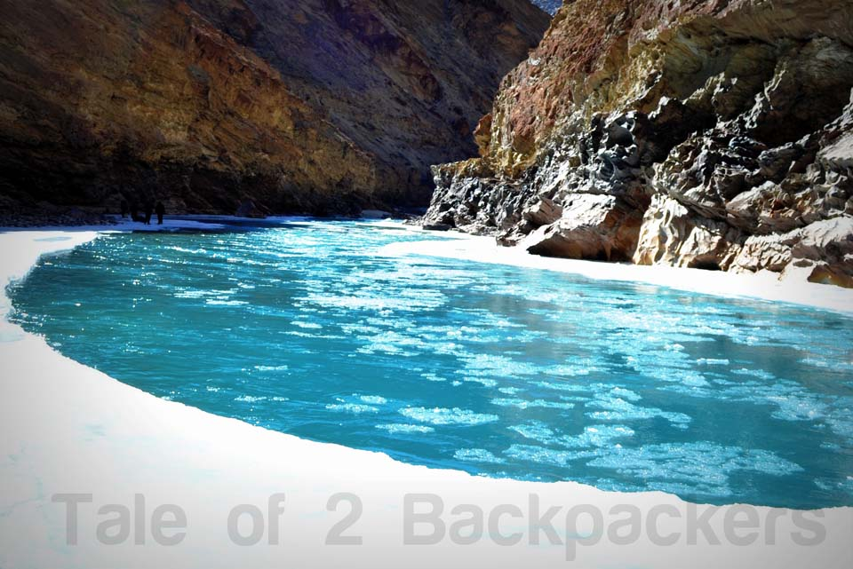 © Tale of 2 Backpackers