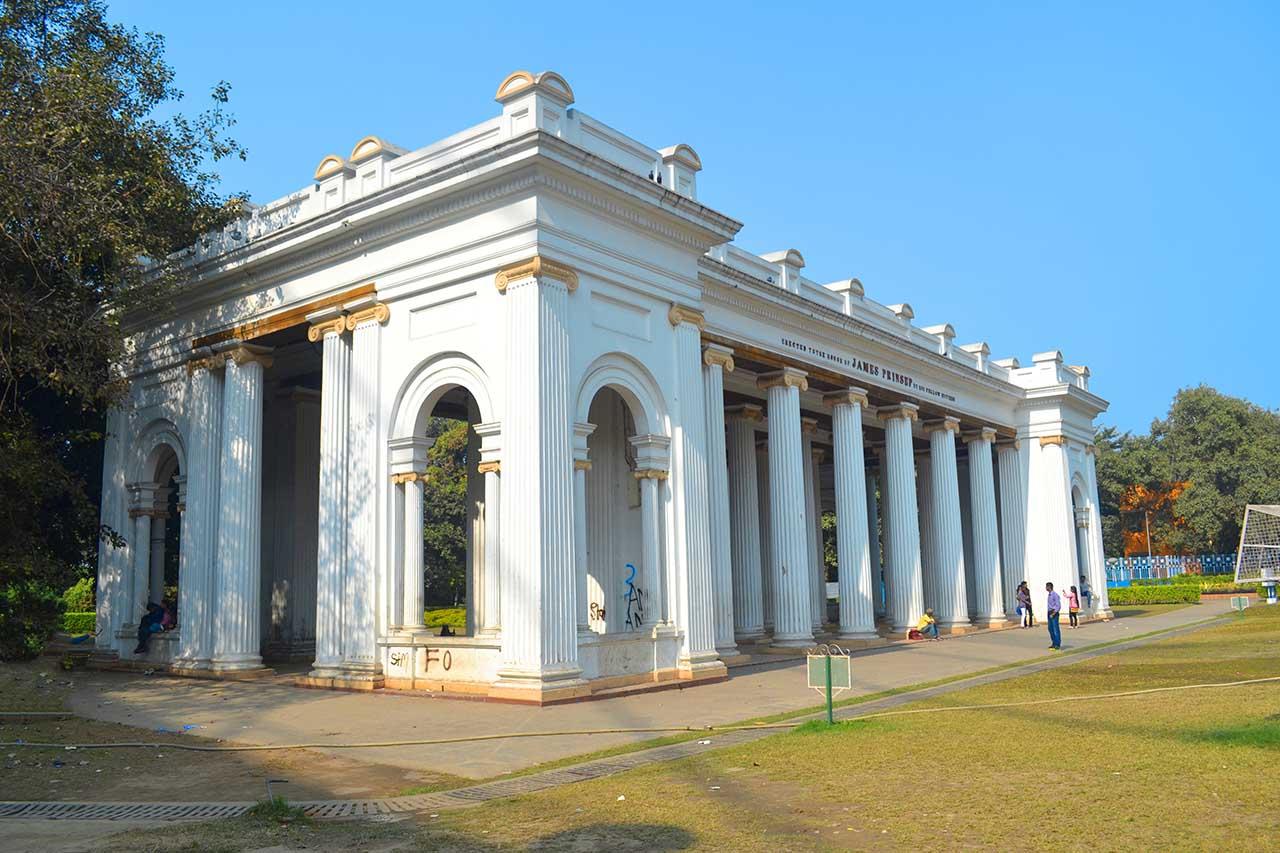 Side view of Prinsep Ghat