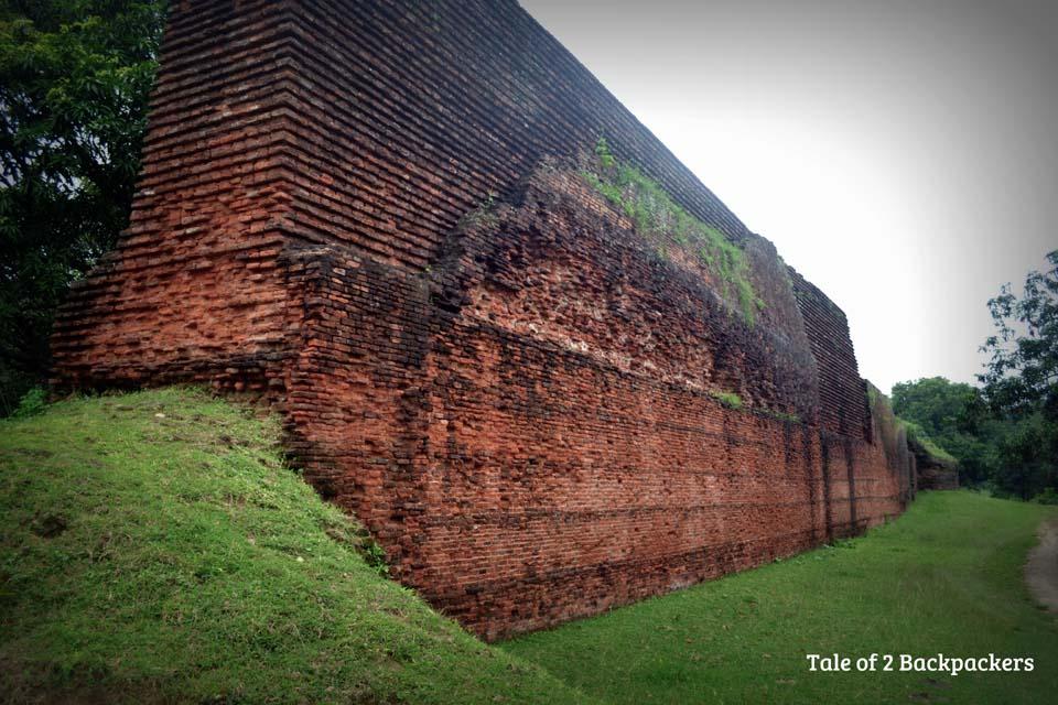 Baisgazi Wall excavation site at Gour