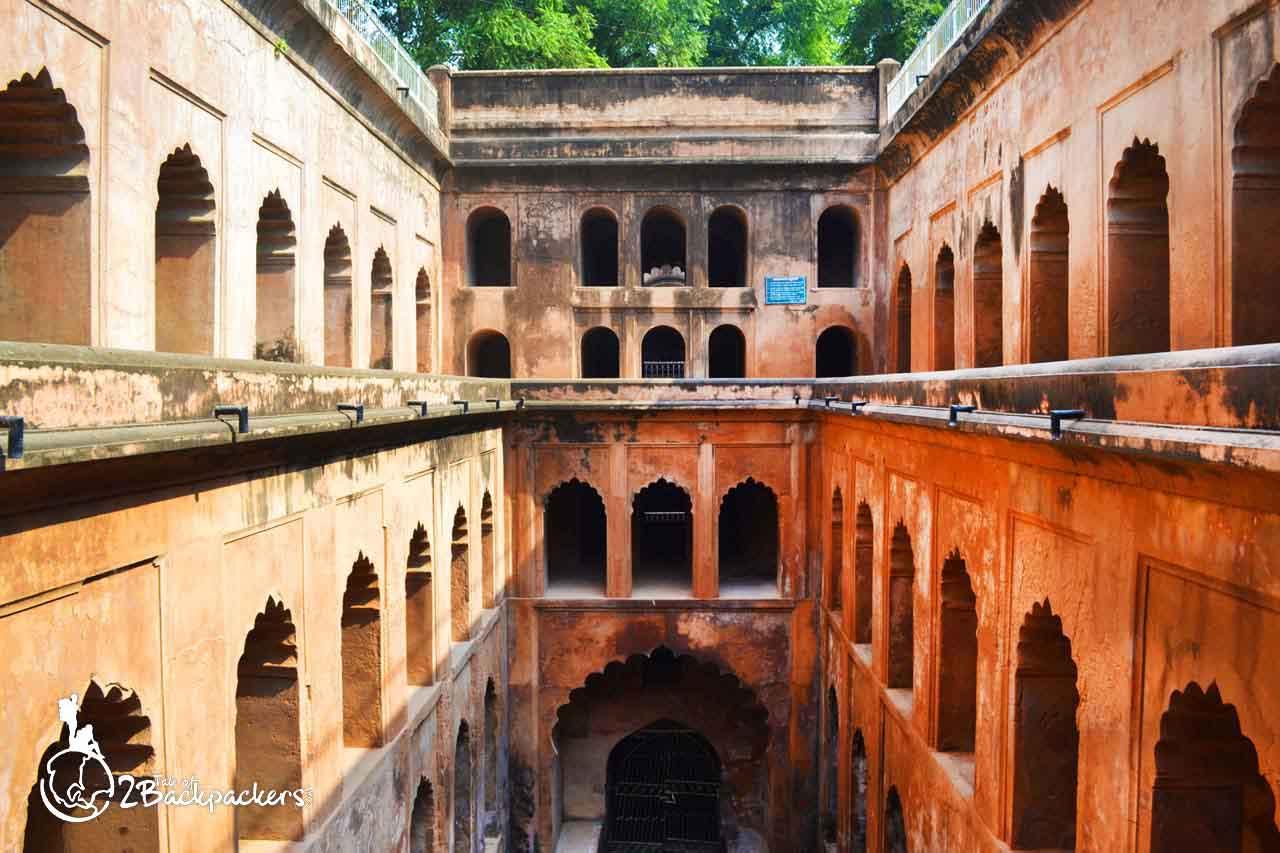 Shahi Baoli at Bara Imambara
