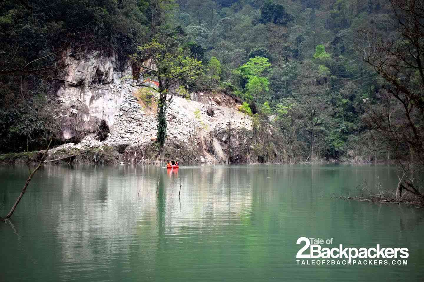 The lake that we had to cross on a raft to reach Tingvong