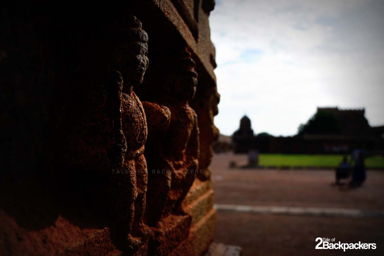 Stone carvings at Brihadeeswarar TEmple at Thanjavur