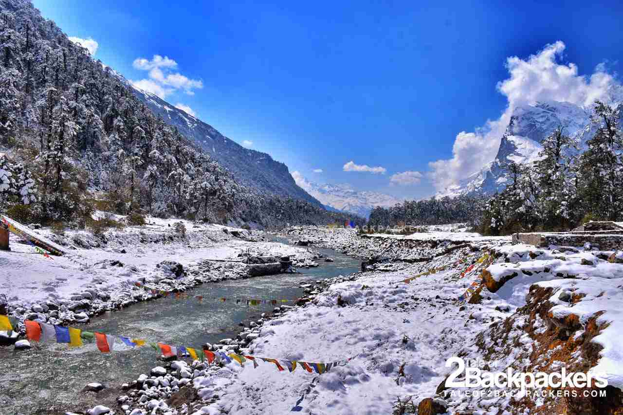 Yumthang Chu flowing in the middle of the Valley - Northeast India travel guide