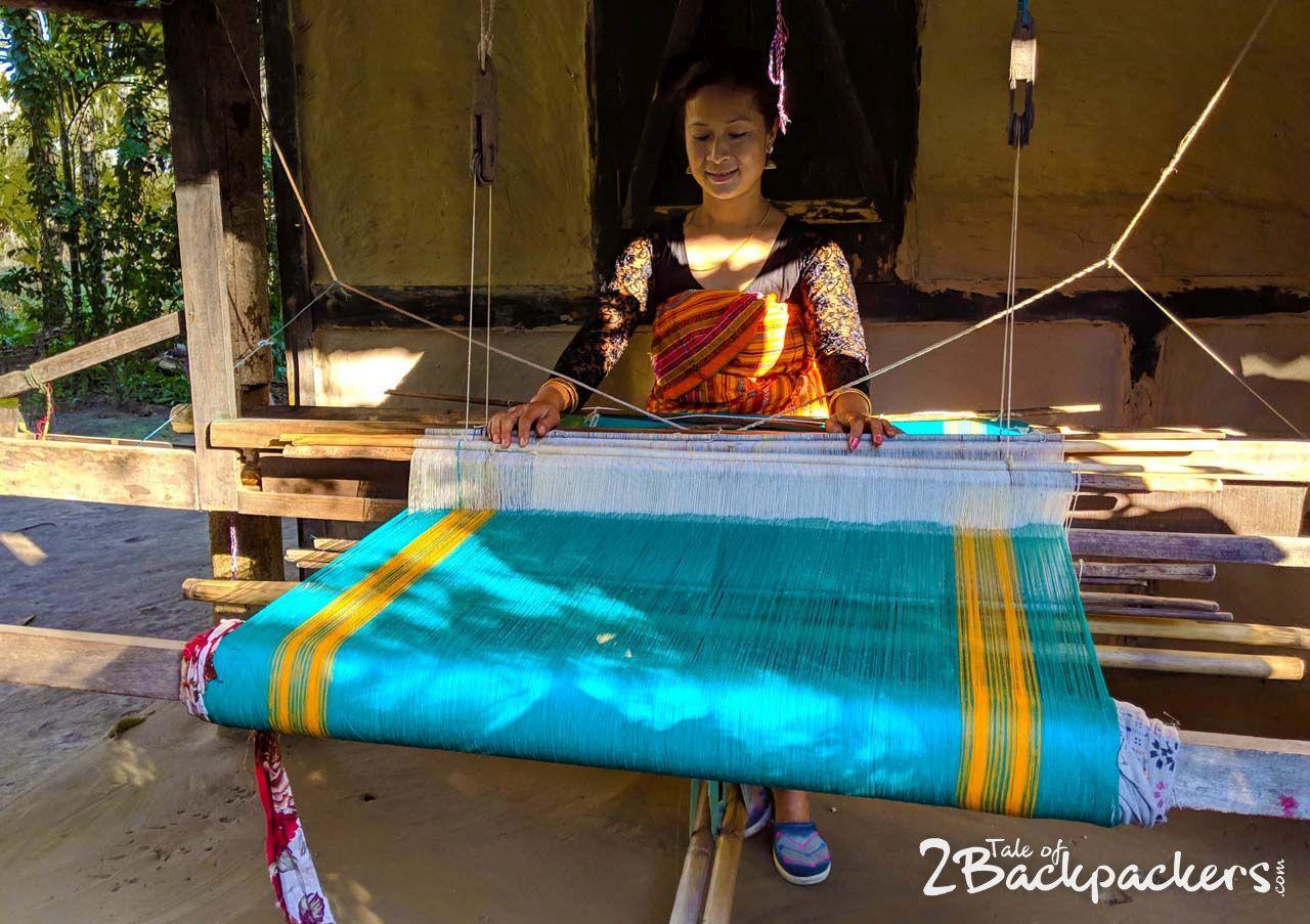 Weaving at Assam-Bodoland Tourism (1)