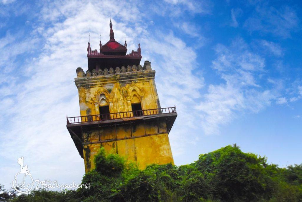 Leaning tower at Ava Royal Palace_Inwa_Mandalay_Things to do in Mandalay