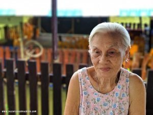 an old lady at Trat