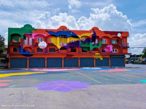colourful building at Trat, -unique places to visit in Thailand