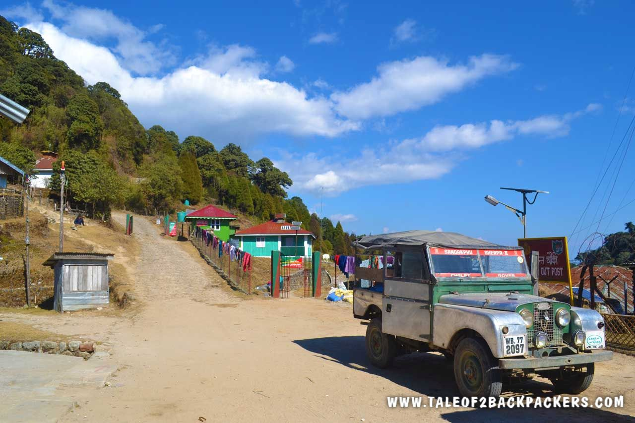 Land Rover at Gairibas - Sandakphu by Car