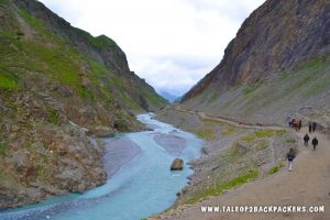 Lidder River and pilgrims on the way to Amarnath Darshan