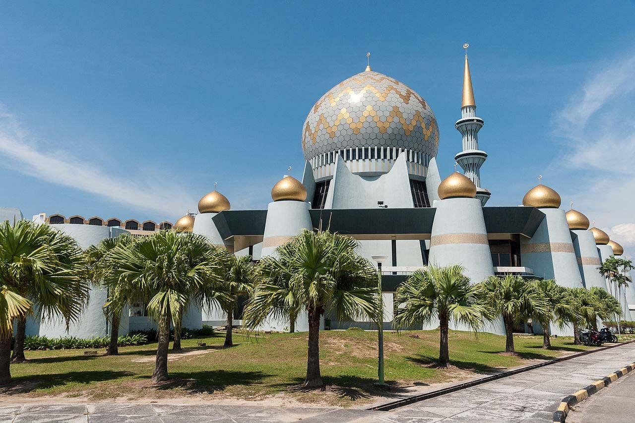 Sabah State Mosque at Kota Kinabalu
