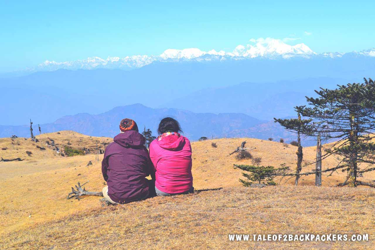 sitting on the meadow and watching the mountain range on the way to Phalut