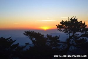 sunrise at Sandakphu Phalut trek