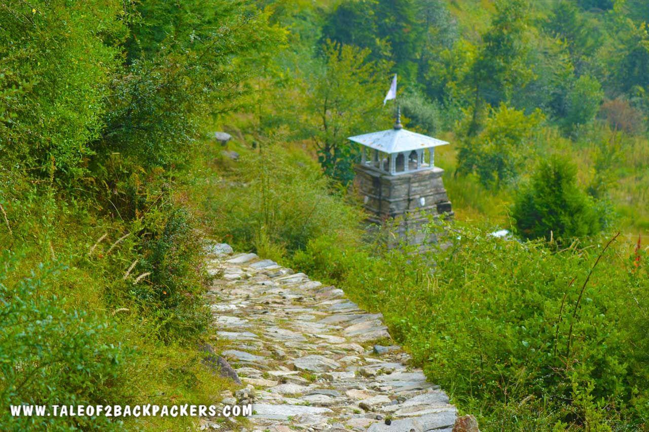 trekking to Tungnath