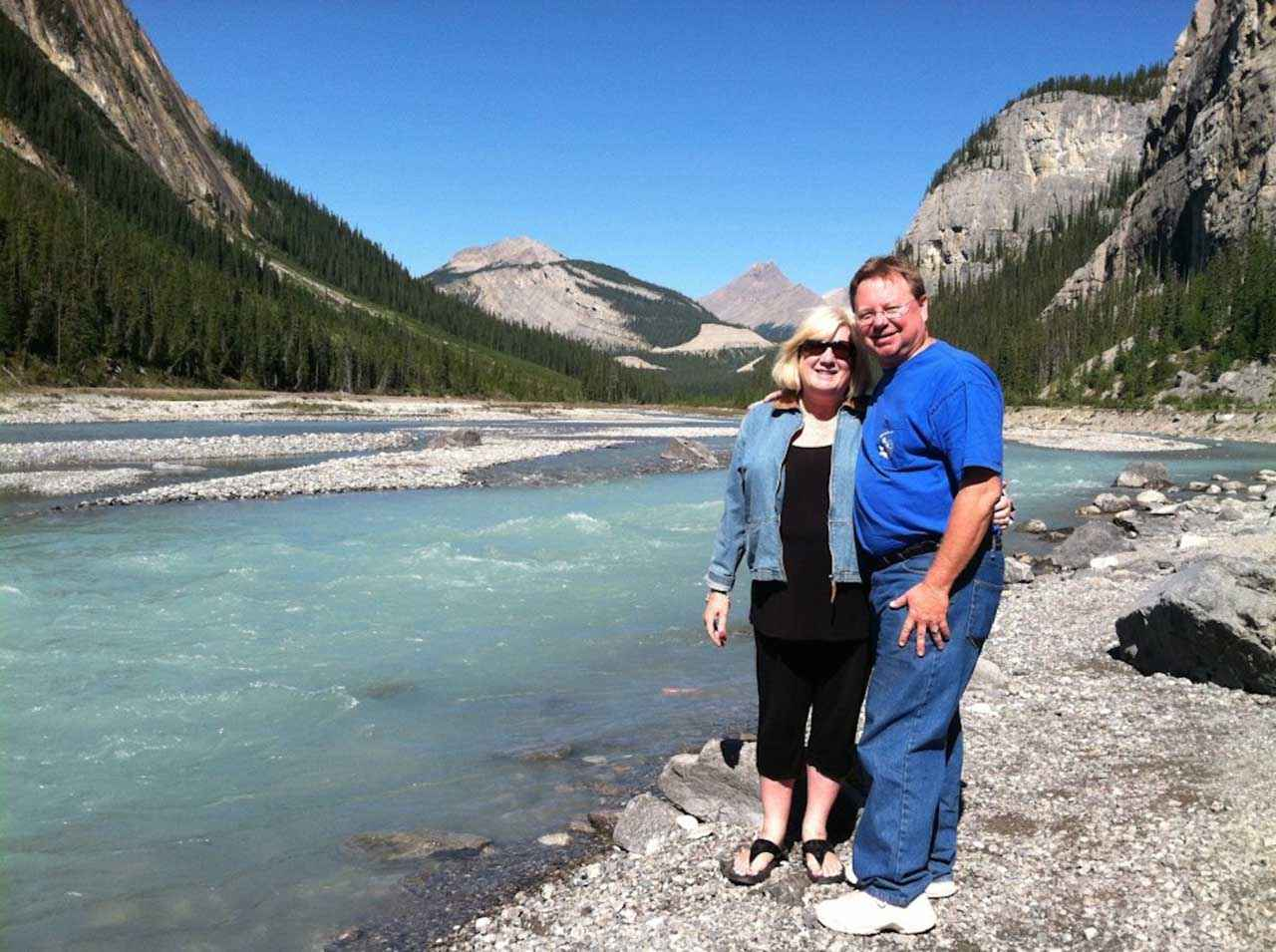Betsy Peter PassingThru Banff - Travel Love story