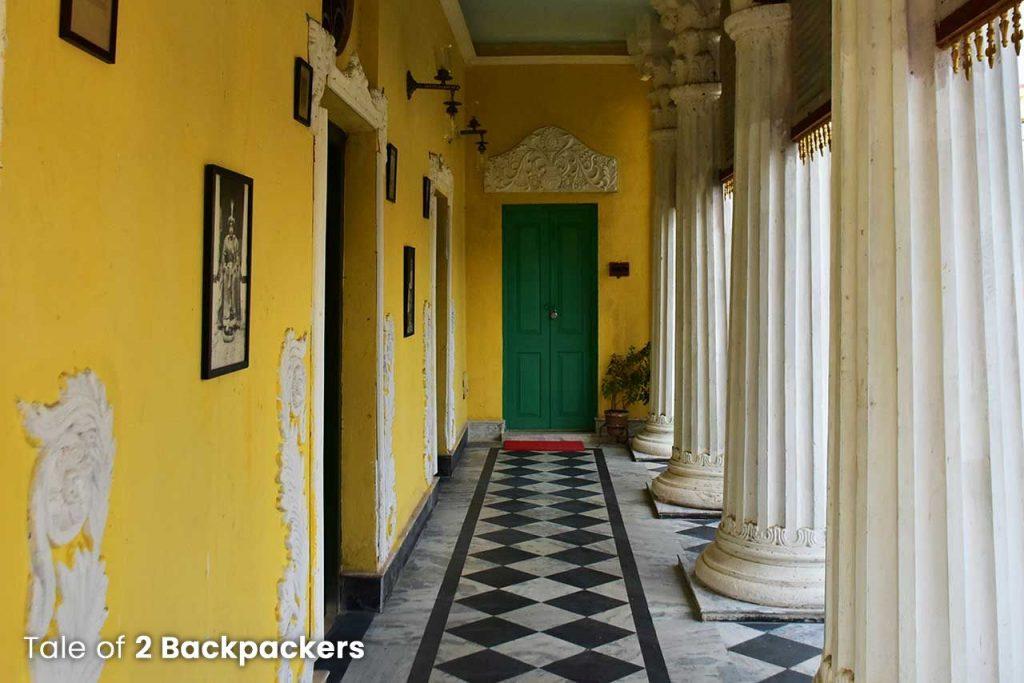 Corridors and columns at Barikothi - Heritage hotel in India