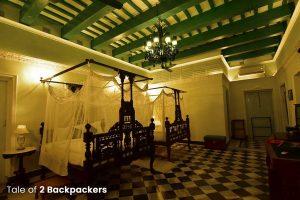 Emerald Kamra - Heritage Room at Bari Kothi, Azimgunj - Rajbari in West Bengal