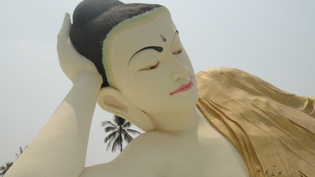 Buddha statue at Bago