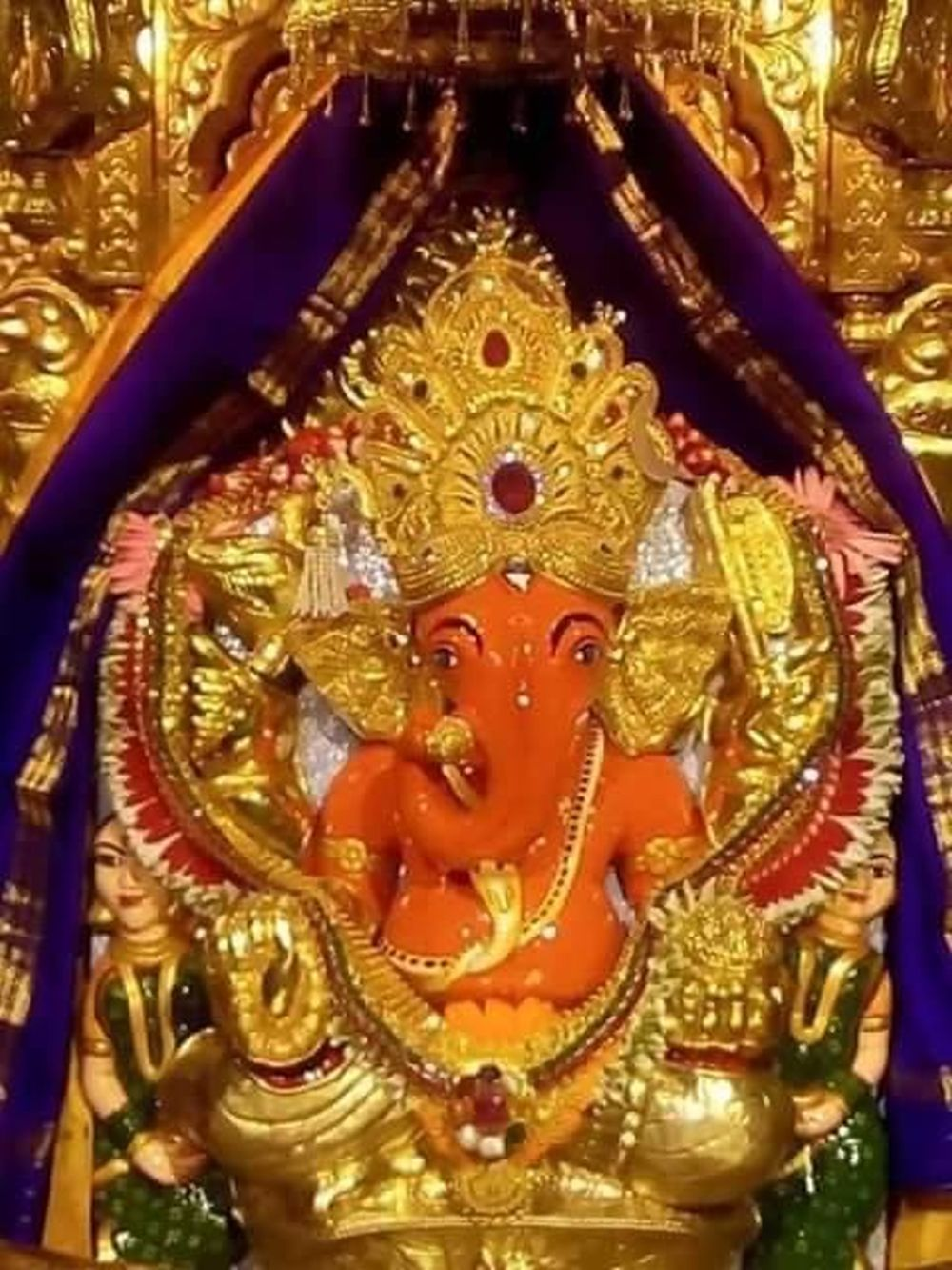 Ganpati idol of Sri Siddhivanayak Temple Mumbai