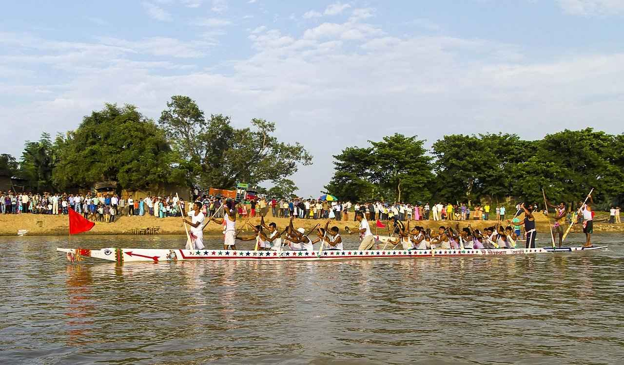 Boat race in Onam - Indian festivals