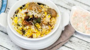 Hyderabadi Biriyani_ Best food to try in India