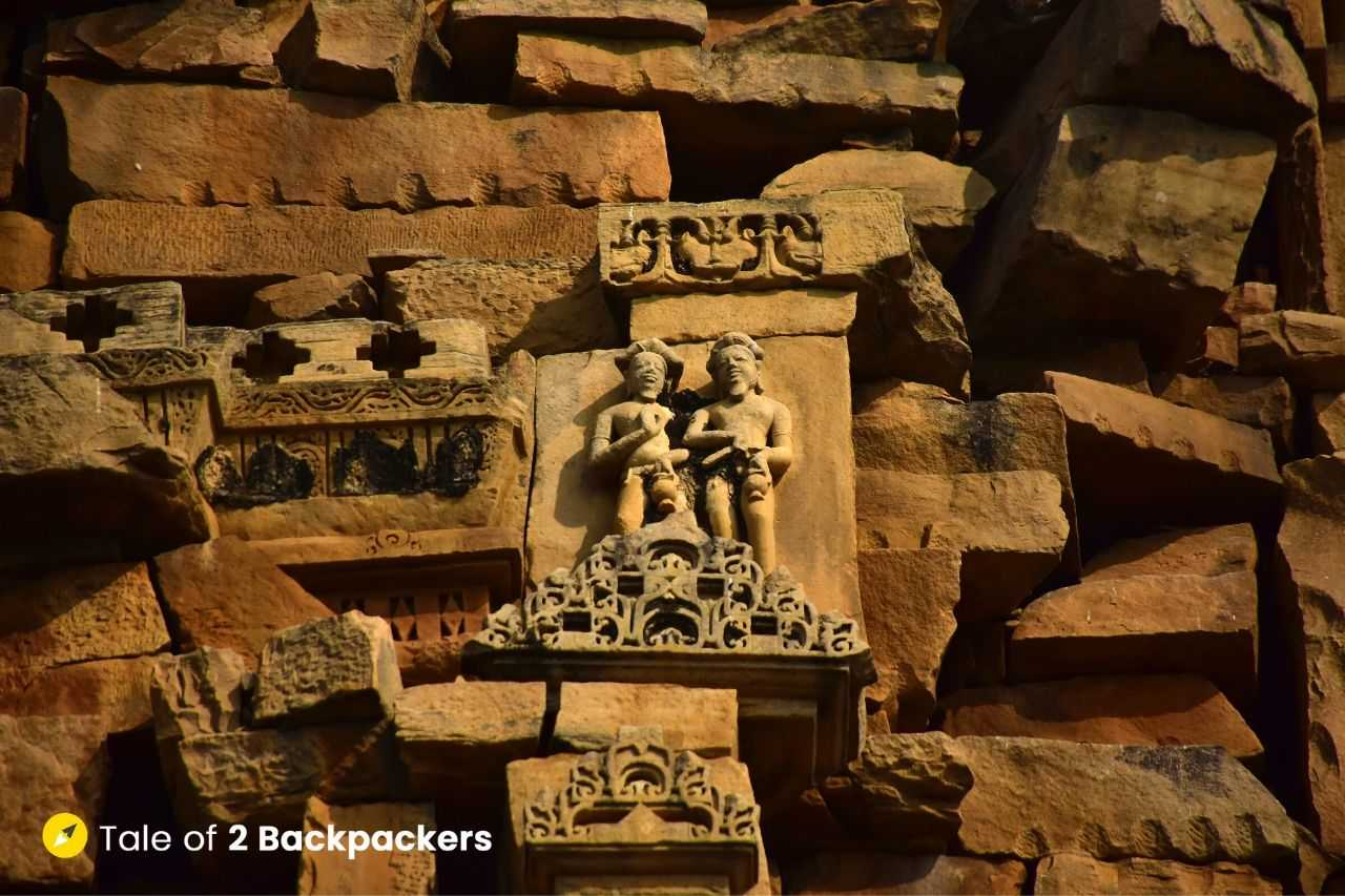 Carvings at the walls of kakanmath Temple, Morena