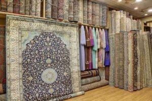 Kashmiri carpet store - Indian souvenir
