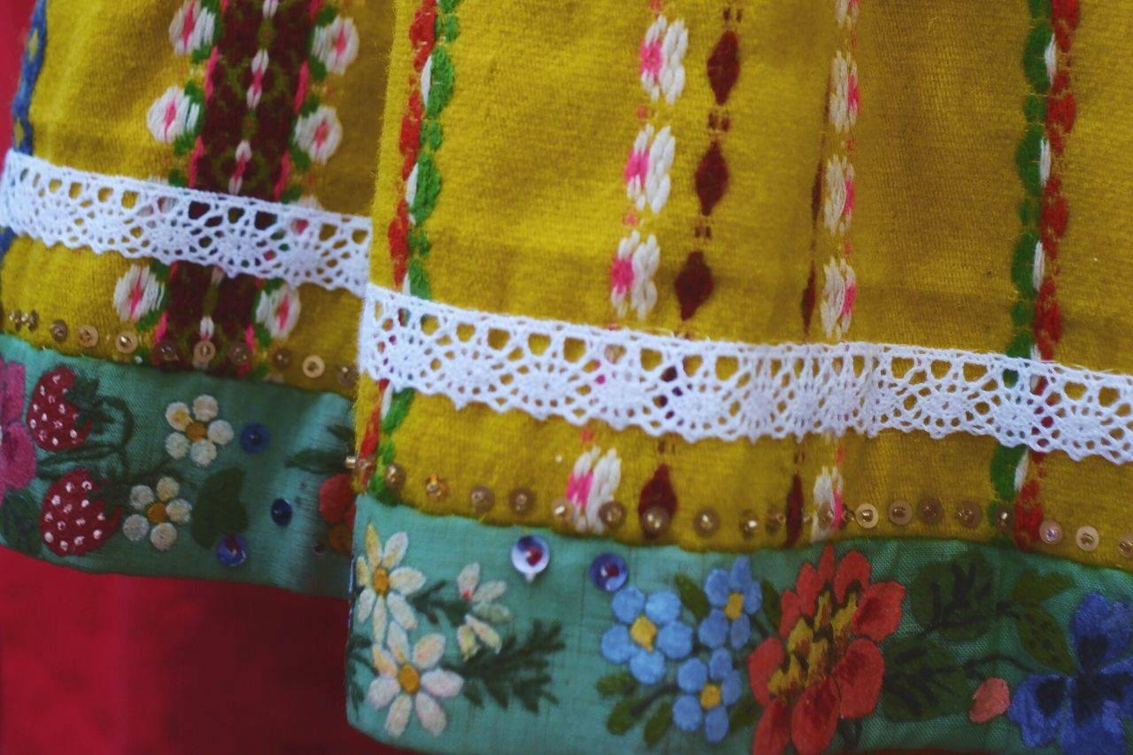 Phulkari dupatta - things to buy from India