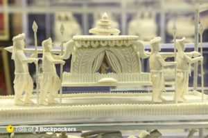 Sholapith - Indian handicraft - what to buy in India