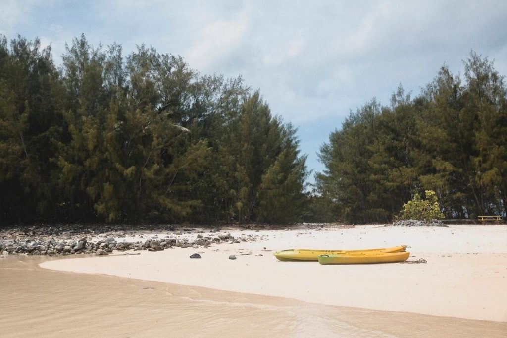 Kayaking at Rarotonga Cook Island - Best things to do