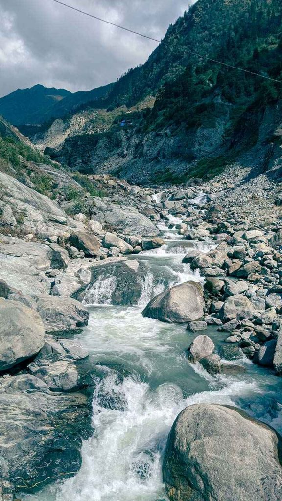 Gushing Mandakini River at Kedarntah Trek