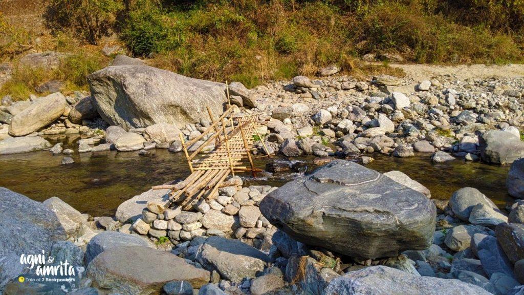 Small bamboo bridge over the Relli River