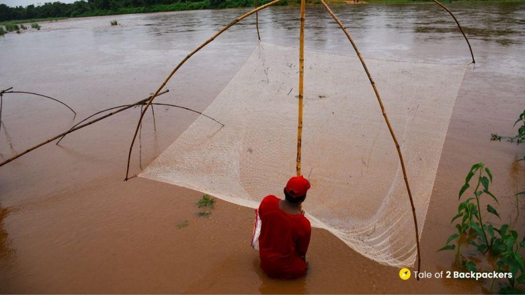 A man fishing at Buribalam River