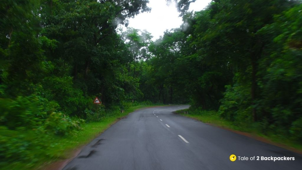 Roads towards Bangriposi