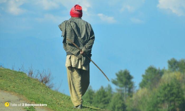 Common man of Kashmir - is Kashmir safe for tourists