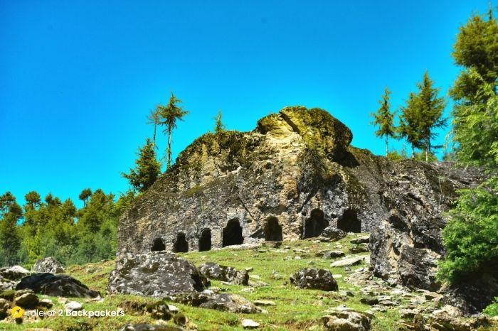 satbaran, Kalaroos caves, Lolab valley - offbeat Kashmir