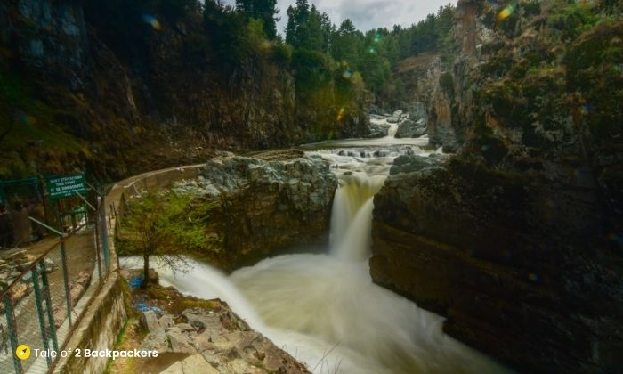 Aharbal Waterfall - unexplored Kashmir