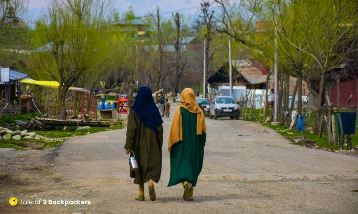 Local Kashmiri women