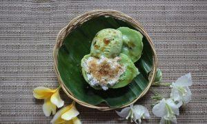 Jaje Laklak- traditional Balinese cake